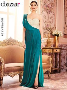 Sweetheart-Neck gown